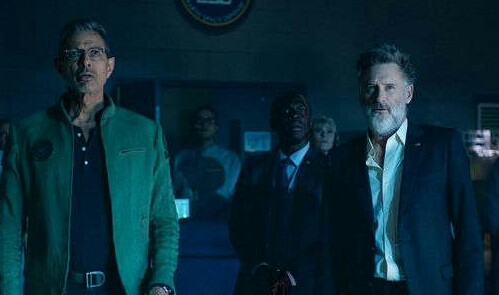 goldblum-and-pullman-are-back-in-new-independence-day-resurgence-movie-still