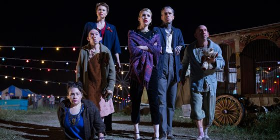 "AMERICAN HORROR STORY: FREAK SHOW ""Tupperware Party Massacre""- Episode 409 (Airs Wednesday, December 10, 10:00 PM e/p) --Pictured: (L-R) Rose Siggins as Legless Suzi, Naomi Grossman as Pepper, Erika Ervin as Amazon Eve, Emma Roberts as Maggie Esmerelda, Mat Fraser as Paul the Illustrated Seal, Christopher Neiman as Salty. CR: Sam Lothridge/FX"